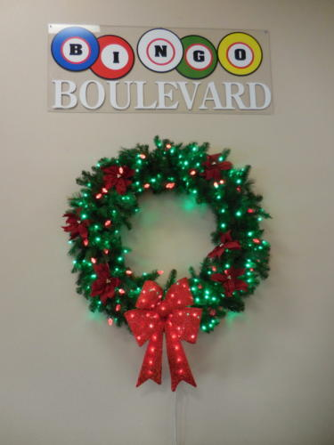 18 blvd wreath